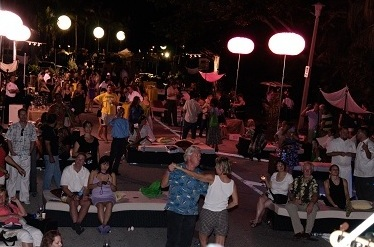 Food and Wine Festival crowd shot